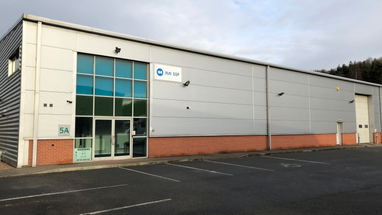 11,105 sq ft Modern Warehouse Unit To Let