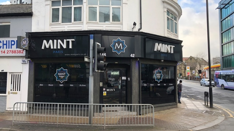 Prominent restaurant premises on London Road let