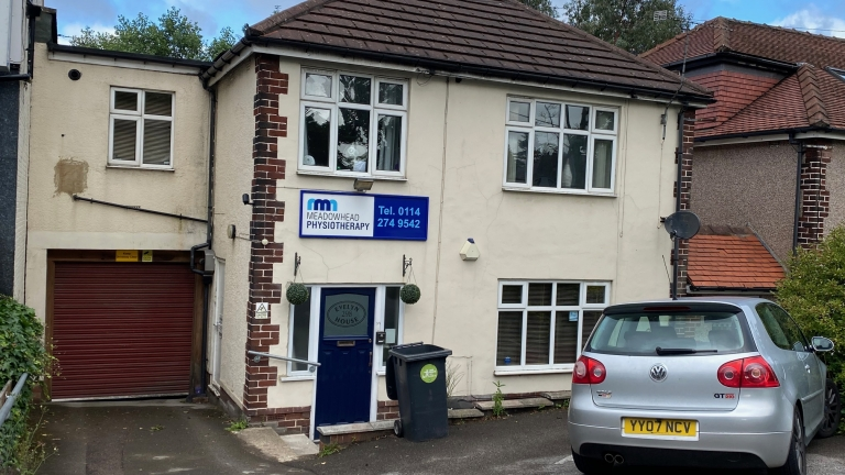 Physiotherapy / Clinic Premises To Let