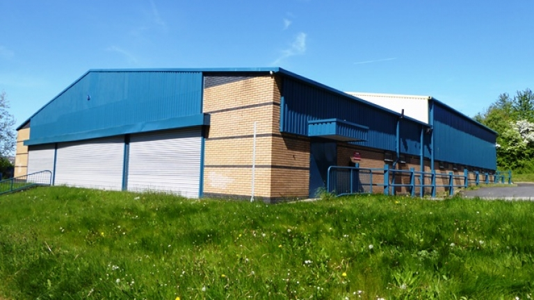 Trade Warehouse To Let